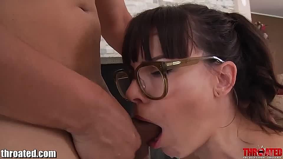 exotische nutte kriegt in netzstrumpfen einen harten schwan in den sexy po