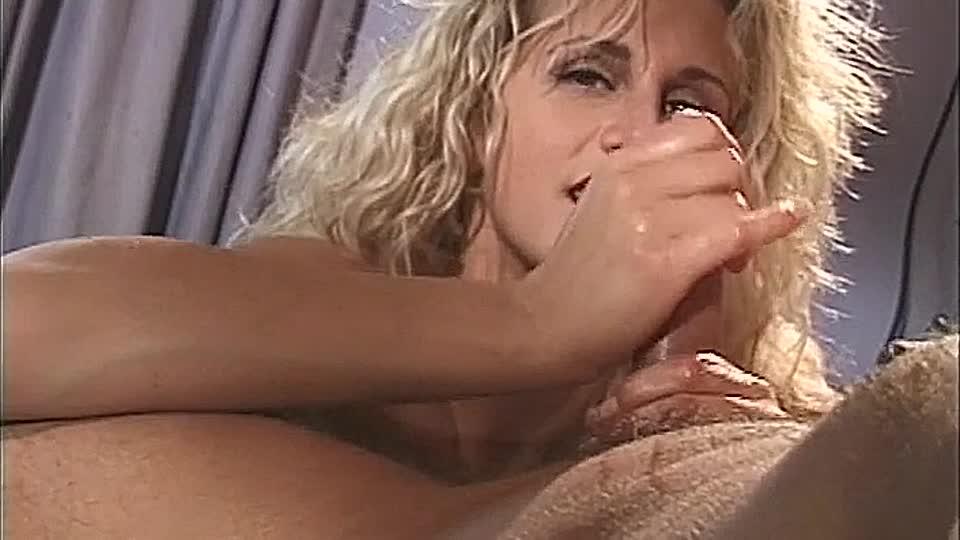 blondes fickstuck kriegt dicken facial