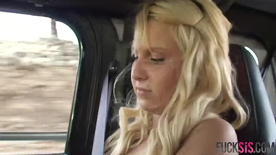 Scheine lesbische Verführung Pornos