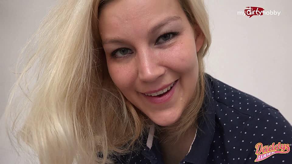Blonde Teen ludder porno